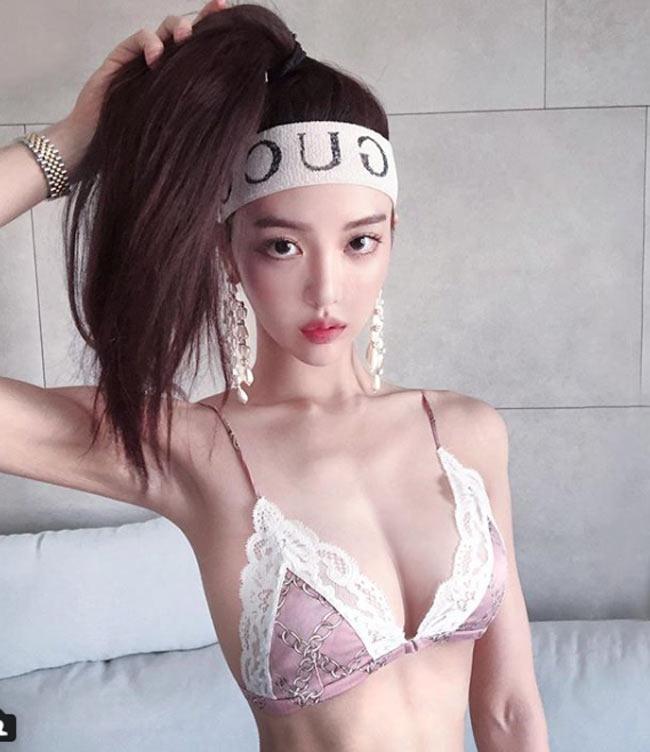 2 mỹ nữ nổi nhất phòng gym Hàn quá hấp dẫn với rãnh hông hiếm có khó tìm-2