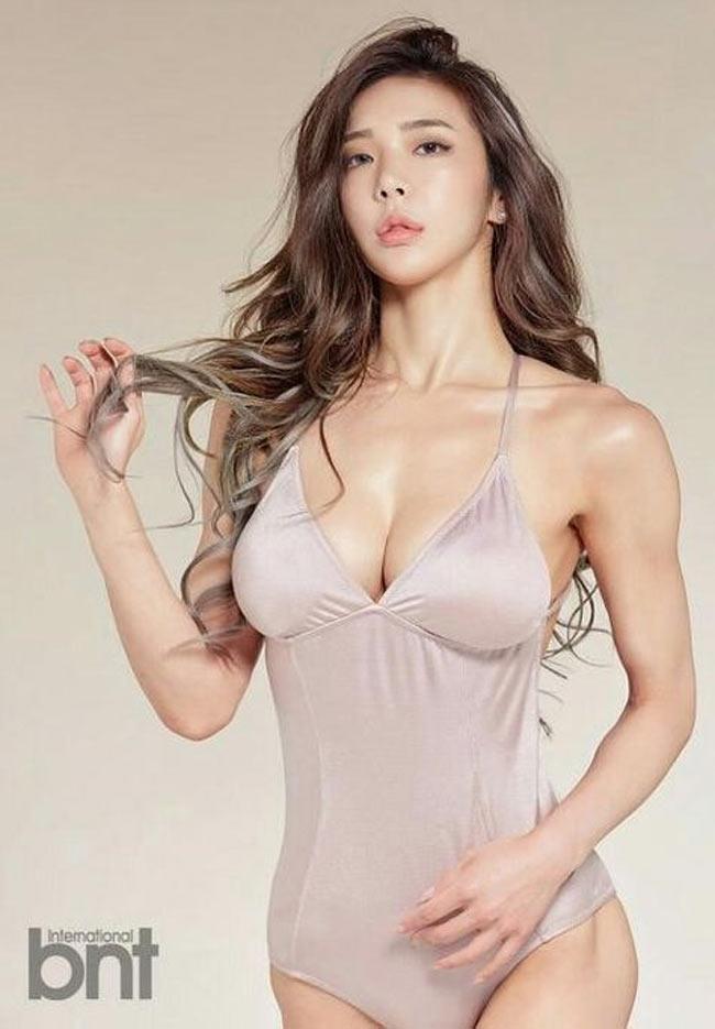 2 mỹ nữ nổi nhất phòng gym Hàn quá hấp dẫn với rãnh hông hiếm có khó tìm-6