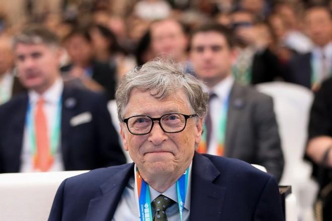 Phát minh lại bồn cầu với công nghệ phân hủy mới, tỷ phú Bill Gates sẽ tiết kiệm cho thế giới 233 tỷ USD-1