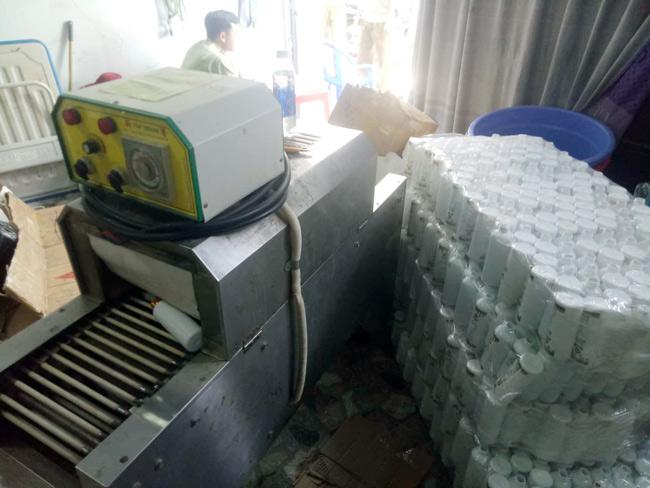 Bí mật gây sốc trong hàng ngàn chai mỹ phẩm trắng da cho nữ ở Sài Gòn-4