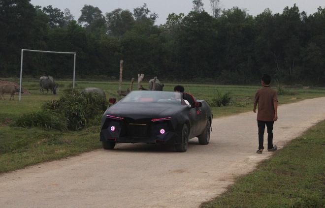 Cận cảnh siêu xe mui trần Lamborghini chờ ngày rước dâu được chế từ xe đồng nát của 9X Hà Tĩnh-14