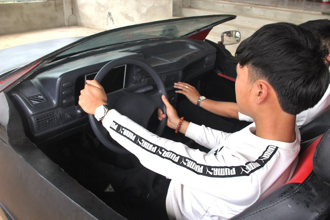 Cận cảnh siêu xe mui trần Lamborghini chờ ngày rước dâu được chế từ xe đồng nát của 9X Hà Tĩnh-18