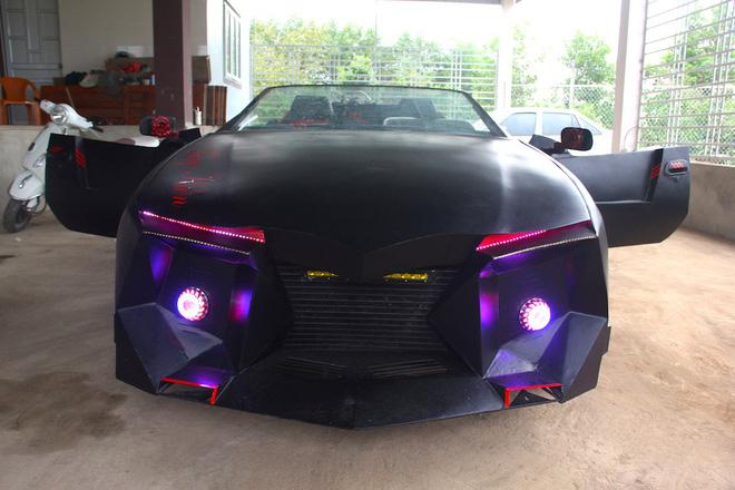Cận cảnh siêu xe mui trần Lamborghini chờ ngày rước dâu được chế từ xe đồng nát của 9X Hà Tĩnh-9