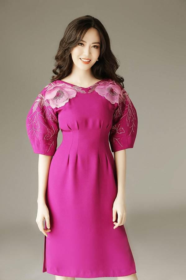 Hoa hậu Thu Thủy đẹp rực rỡ ở tuổi 43-6