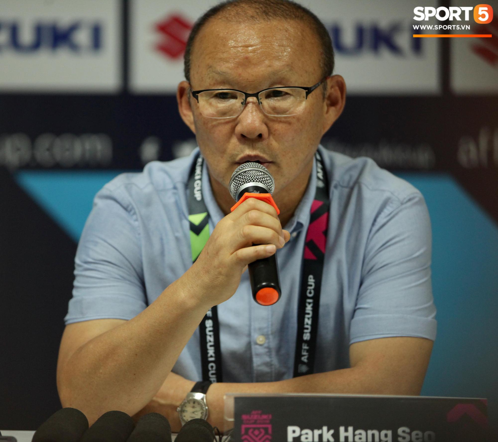 Thắng dễ Lào, HLV Park Hang Seo vẫn bực mình với học trò vì lý do không đáng có-1