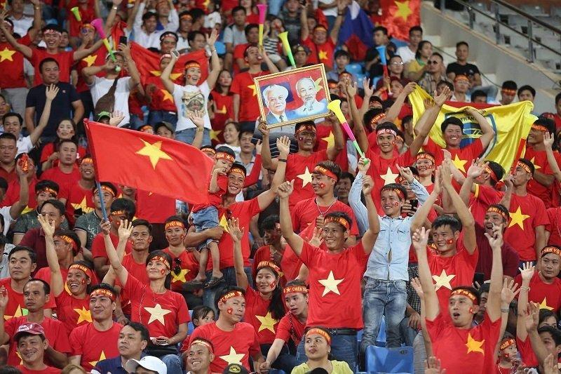 Tuyển Việt Nam thắng to Lào: Ra quân rạng rỡ nụ cười...-4