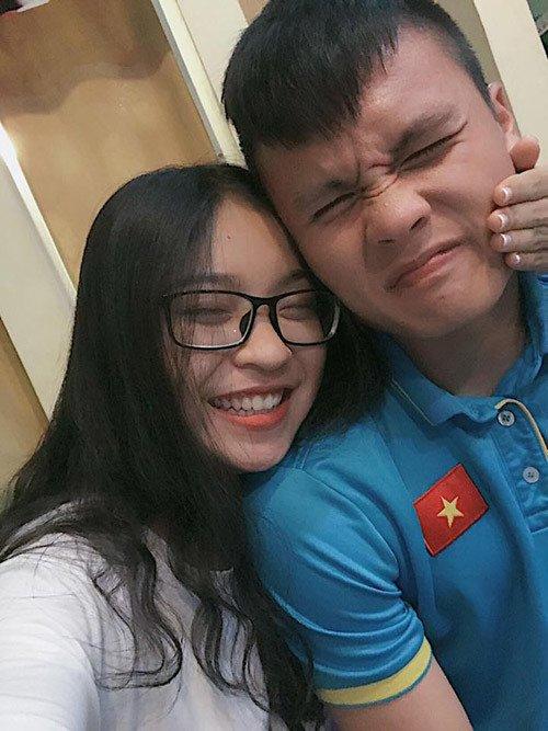 Bạn gái Quang Hải diện áo tắm, khoe thân hình nóng bỏng-8