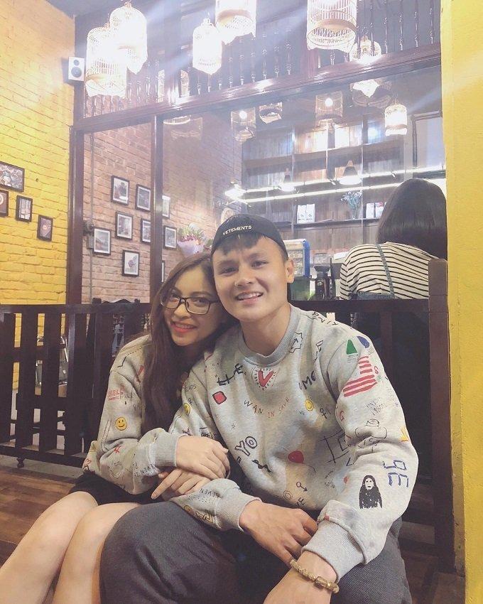 Bạn gái Quang Hải diện áo tắm, khoe thân hình nóng bỏng-9