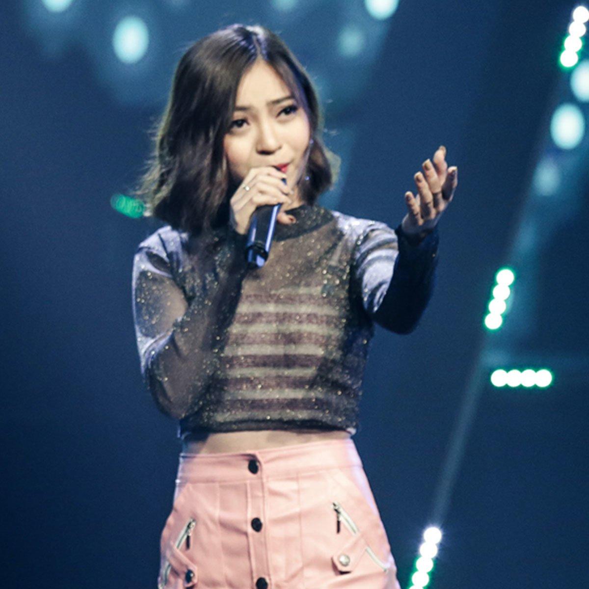 Bạn gái Quang Hải diện áo tắm, khoe thân hình nóng bỏng-12