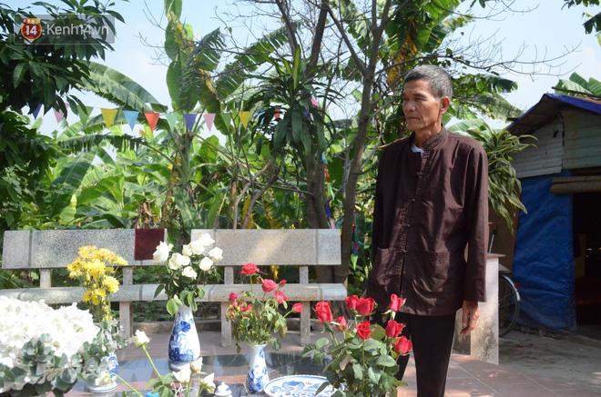 Những câu chuyện đau lòng quanh 5 ngôi mộ vô danh và miếu thờ 2 cô gái chết trẻ ở bãi sông Hồng-7