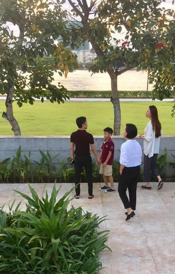 Bị bắt gặp cùng con trai đi xem nhà, dân mạng lại xôn xao khẳng định Cường Đô La và Đàm Thu Trang sắp đám cưới-2