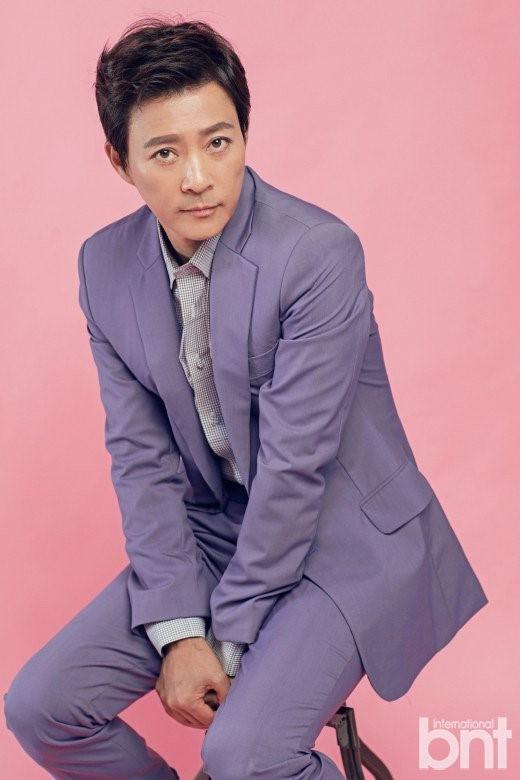 """Choi Soo Jong: San Hiếc của Mối tình đầu"""" ngày nào giờ đã U60 có cuộc sống hôn nhân viên mãn bên ngọc nữ xứ Hàn-8"""