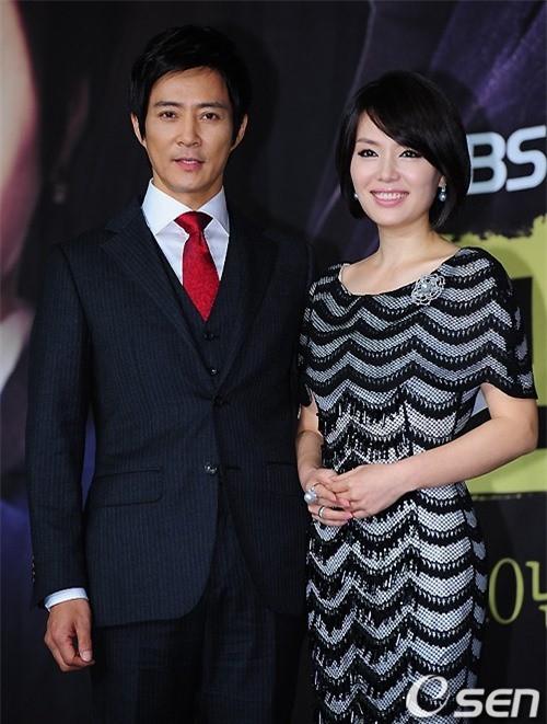 """Choi Soo Jong: San Hiếc của Mối tình đầu"""" ngày nào giờ đã U60 có cuộc sống hôn nhân viên mãn bên ngọc nữ xứ Hàn-6"""