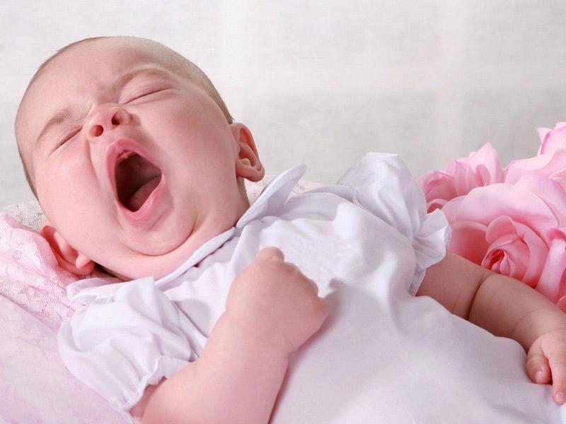 4 tư thế ngủ chứng tỏ trẻ sơ sinh thông minh, kiểu nằm nguy hiểm nhất lại IQ cao nhất-2