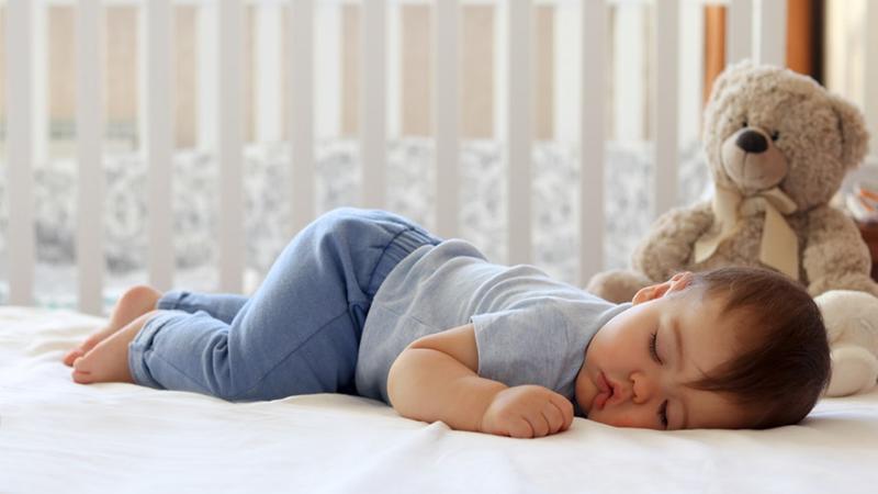 4 tư thế ngủ chứng tỏ trẻ sơ sinh thông minh, kiểu nằm nguy hiểm nhất lại IQ cao nhất-8