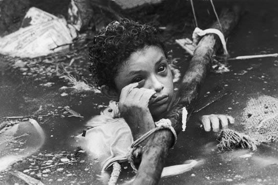 Bi kịch của Omayra Sanchez và đôi mắt đen hấp hối vẫn ám ảnh cả thế giới dù cho đã 33 năm trôi qua-7