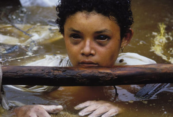 Bi kịch của Omayra Sanchez và đôi mắt đen hấp hối vẫn ám ảnh cả thế giới dù cho đã 33 năm trôi qua-5