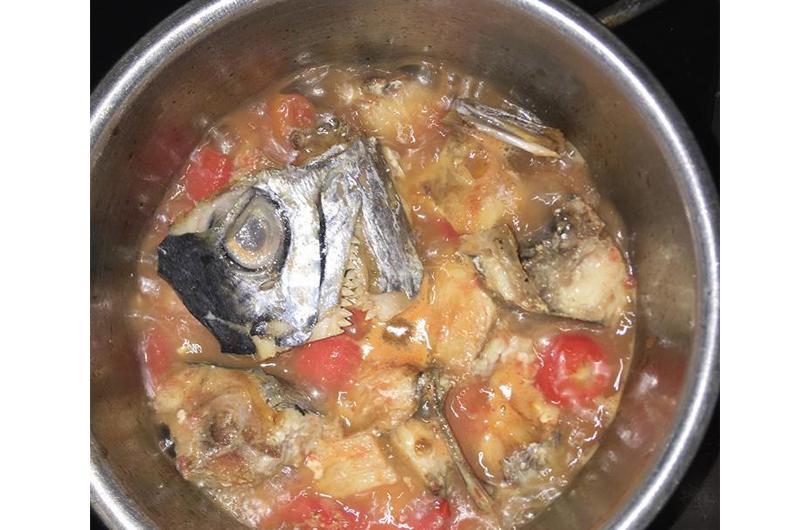 Con dâu cứ nấu ăn thế này sớm muộn cũng được mẹ chồng dắt tay ra khỏi nhà-16