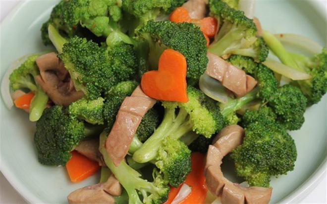 Bữa trưa ảnh hưởng lớn đến sức khỏe và tâm trạng: 2 sai lầm nguy hiểm có thể bạn cũng mắc-4