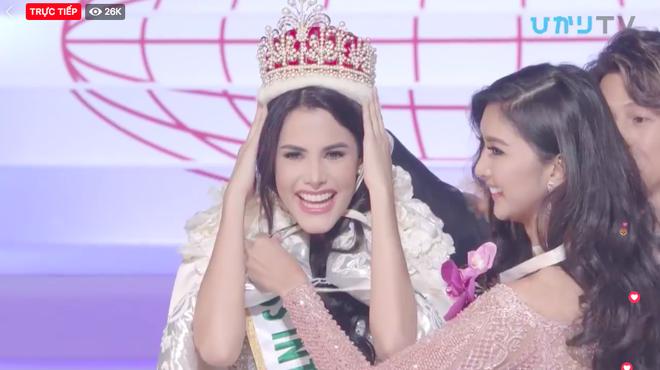 Venezuela đăng quang, đại diện Việt Nam trắng tay sau đêm thi chung kết kéo dài lê thê của Hoa hậu Quốc tế 2018-1