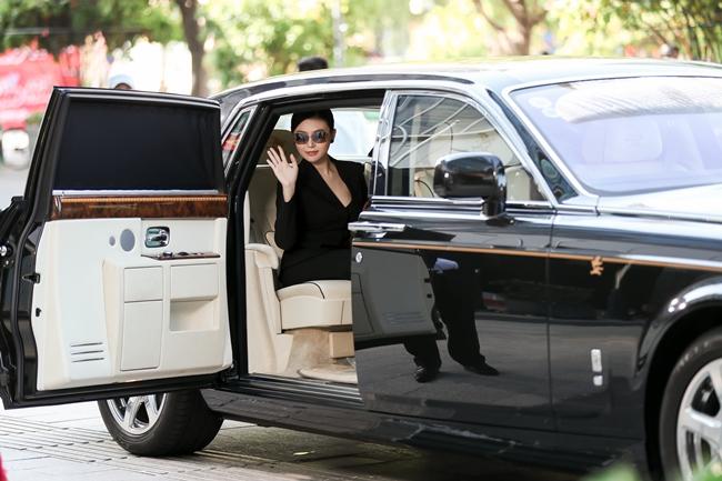 3 nữ hoàng sắc đẹp Việt: Người lấy đại gia đi 2 siêu xe 120 tỷ, kẻ mất tích bí ẩn-9
