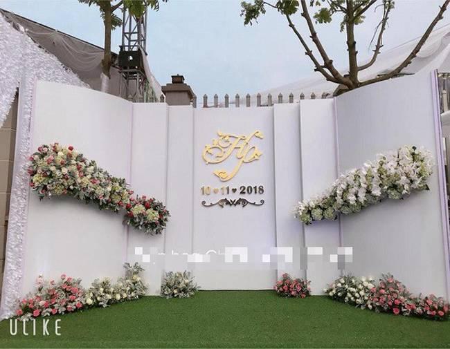 Hé lộ chi tiết khủng trong đám cưới của cặp đôi chi 1 tỷ tiền trang trí, cổng chào như cung điện, ca sĩ Ngọc Sơn về biểu diễn-4