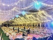 """Hé lộ chi tiết """"khủng"""" trong đám cưới của cặp đôi chi 1 tỷ tiền trang trí, cổng chào như cung điện, ca sĩ Ngọc Sơn về biểu diễn"""