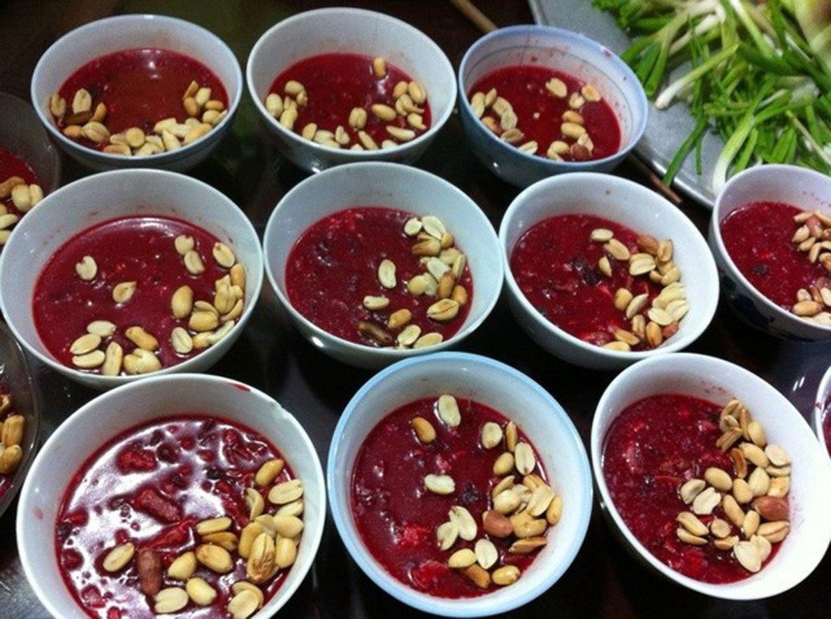 Món ăn đặc sản Việt kinh dị khiến khách Tây... khóc thét-5