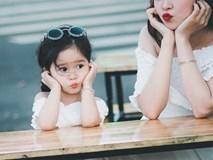 Nếu con thường xuyên có 4 hành vi này, phụ huynh hãy mở tiệc ăn mừng vì trẻ yêu mẹ vô cùng
