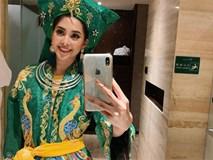 Không còn úp mở, Tiểu Vy công khai cận cảnh trang phục Cô Đôi Thượng Ngàn mang đến trình diễn tại Miss World 2018