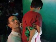 Kim Lý tận tình chăm sóc Subeo khi theo Hồ Ngọc Hà đi diễn ở Huế