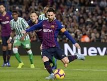 Messi trở lại sau chấn thương gãy tay và ghi 2 bàn, Barca vẫn thua tủi nhục ngay trên sân nhà