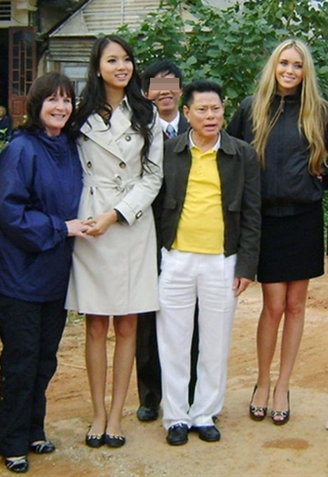 Hoa hậu Trương Tử Lâm - chân dài cũ của tỷ phú Hoàng Kiều đang sống thế nào?-4