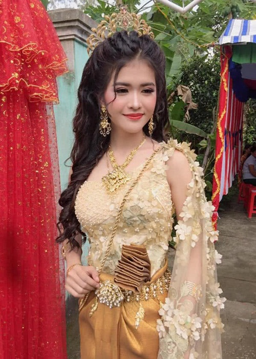 Xuất hiện thêm một cô gái dân tộc Khmer xinh hết phần thiên hạ khiến dân mạng tưởng nhầm con lai-1
