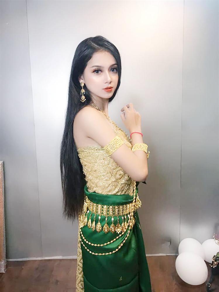 Xuất hiện thêm một cô gái dân tộc Khmer xinh hết phần thiên hạ khiến dân mạng tưởng nhầm con lai-3