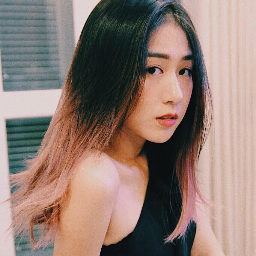 Top 7 hot mom nổi tiếng nhất MXH Việt: Người sở hữu nhà sang, xe xịn hàng chục tỷ, người nhan sắc lộng lẫy đáng ngưỡng mộ-8