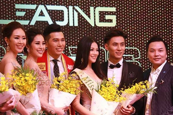 Ngắm nụ cười đẹp đến mê hồn của Hoa hậu Phương Khánh-3