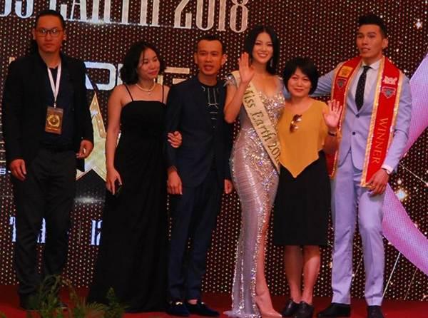 Ngắm nụ cười đẹp đến mê hồn của Hoa hậu Phương Khánh-4