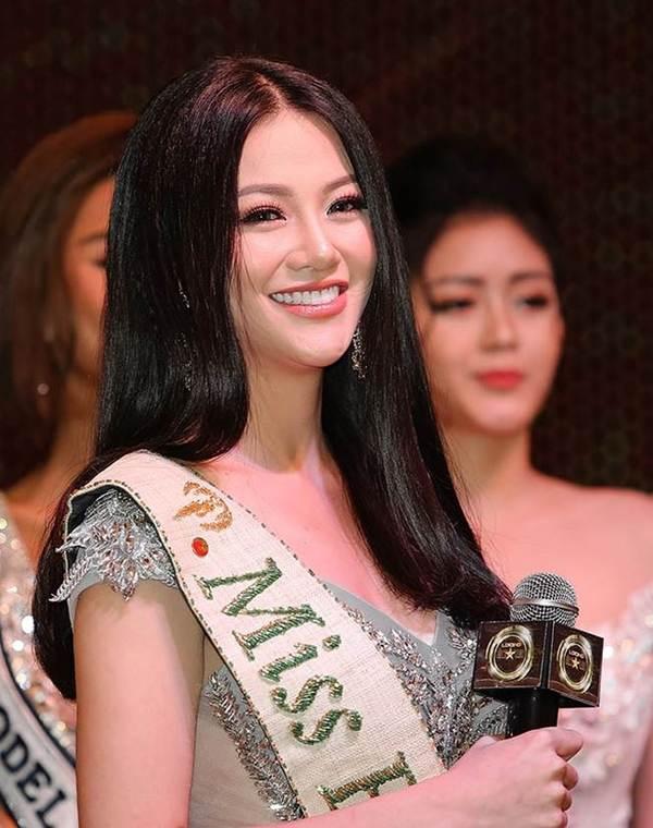 Ngắm nụ cười đẹp đến mê hồn của Hoa hậu Phương Khánh-5