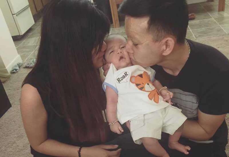 Cảnh sống ở Canada của đôi chồng xấu- vợ xinh sau 4 năm, nhìn ảnh con trai mà bật khóc-5