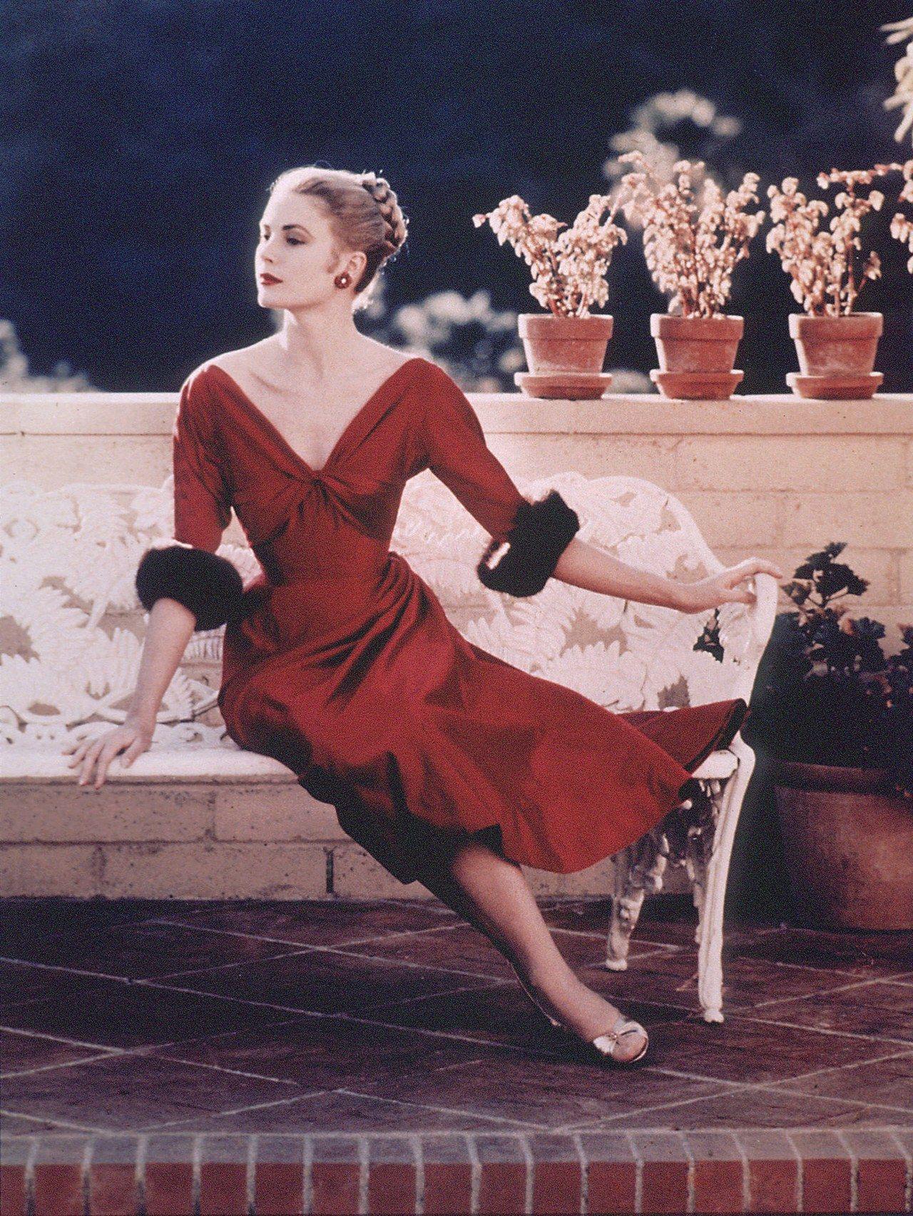 """Grace Kelly – vị Công nương từ nhan sắc đến phong cách thời trang đều gói gọn trong 2 chữ hoàn hảo""""-4"""