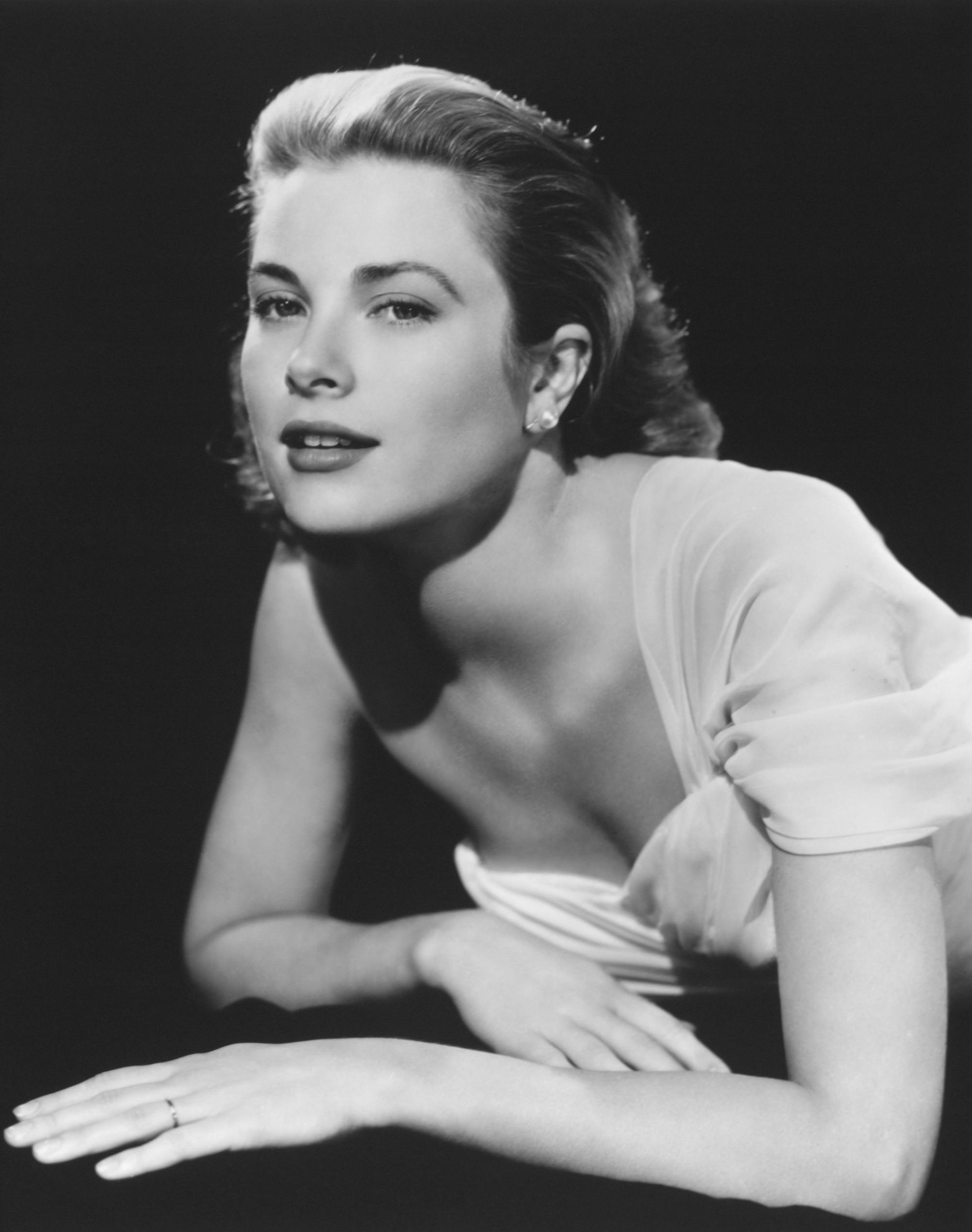 """Grace Kelly – vị Công nương từ nhan sắc đến phong cách thời trang đều gói gọn trong 2 chữ hoàn hảo""""-7"""