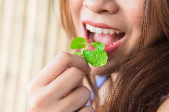 11 cách giúp bạn dịu cơn đau do mọc răng khôn-9