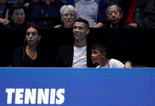 Gia đình Ronaldo tiếp sức giúp Djokovic chiến thắng-1