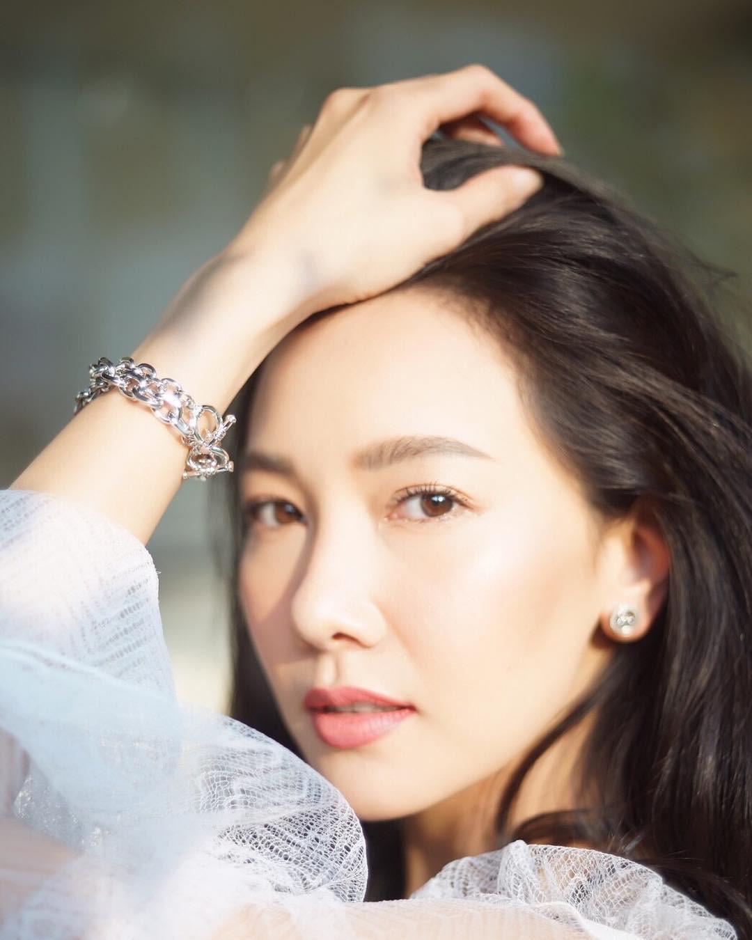 Minh tinh Thái lấy chồng siêu giàu: Người được cung phụng như bà hoàng, kẻ lấy bố của bạn, ly hôn trong thị phi-11