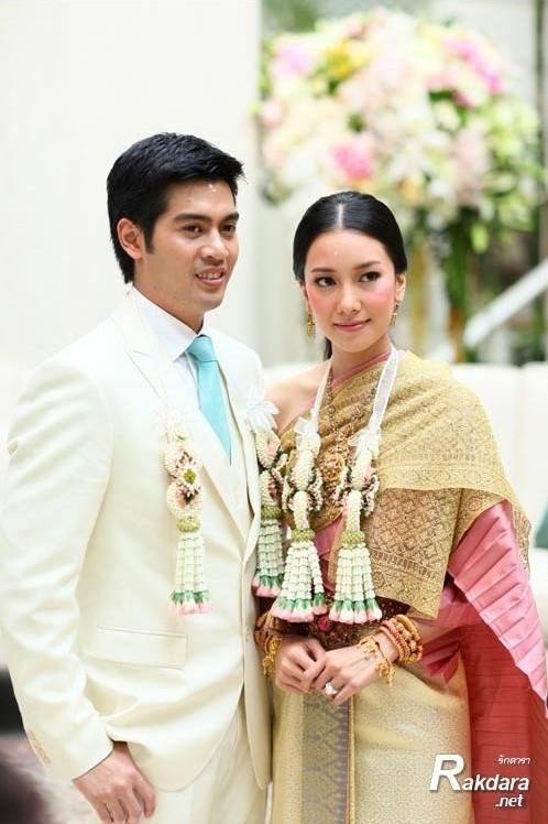 Minh tinh Thái lấy chồng siêu giàu: Người được cung phụng như bà hoàng, kẻ lấy bố của bạn, ly hôn trong thị phi-12