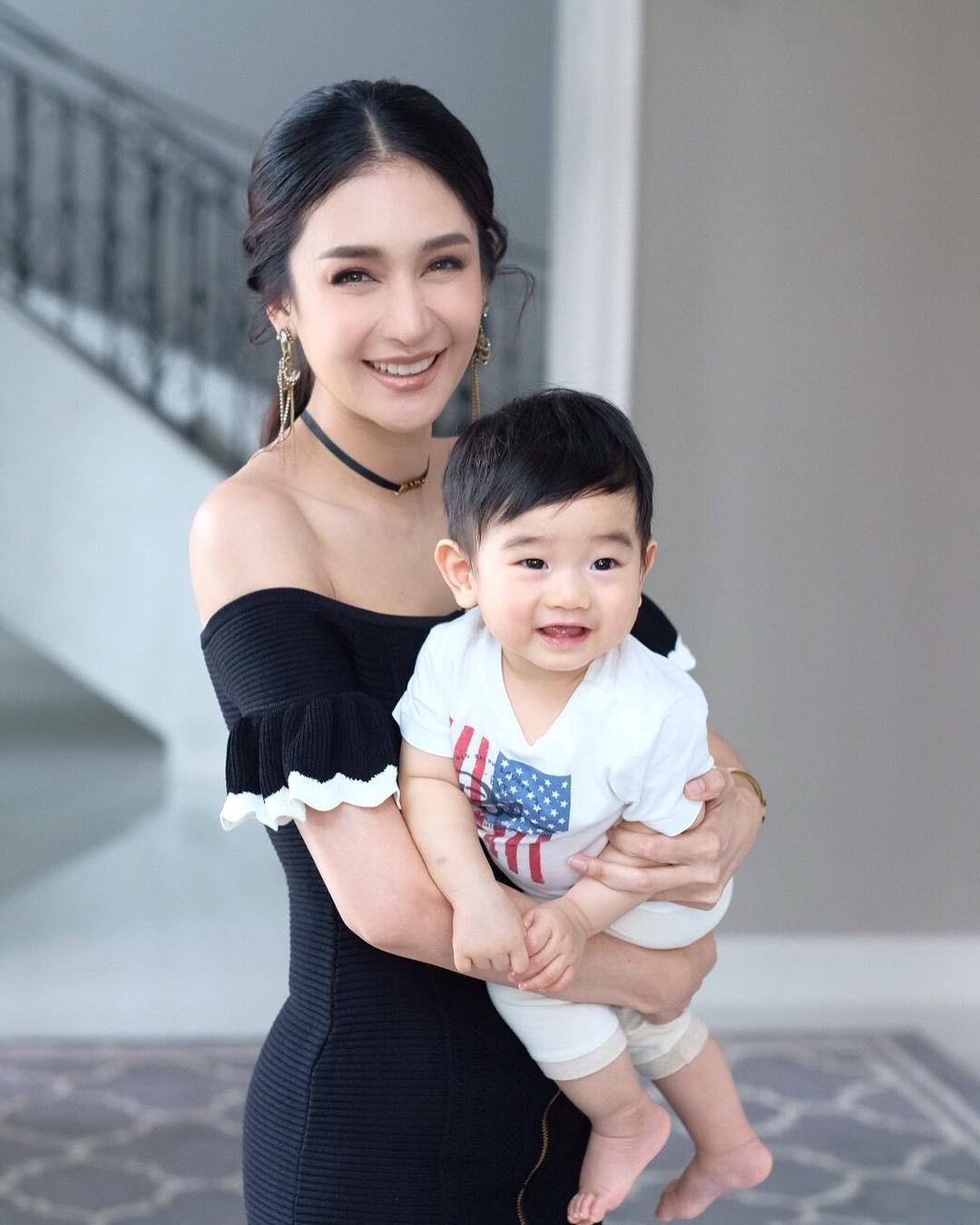 Minh tinh Thái lấy chồng siêu giàu: Người được cung phụng như bà hoàng, kẻ lấy bố của bạn, ly hôn trong thị phi-24