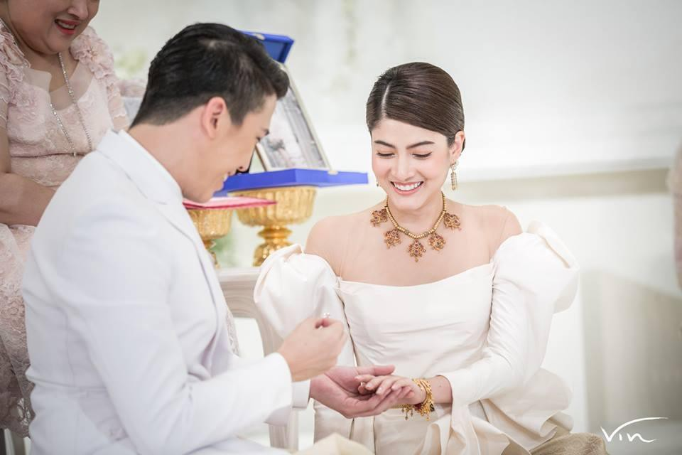 Minh tinh Thái lấy chồng siêu giàu: Người được cung phụng như bà hoàng, kẻ lấy bố của bạn, ly hôn trong thị phi-30