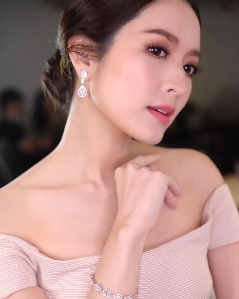 Minh tinh Thái lấy chồng siêu giàu: Người được cung phụng như bà hoàng, kẻ lấy bố của bạn, ly hôn trong thị phi-43