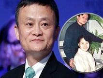 """Cách """"lùi 1 được 2"""" của vợ Jack Ma, hi sinh 1 cách bài bản để ông chồng tỷ phú cũng nhất nhất """"nể"""" vợ"""